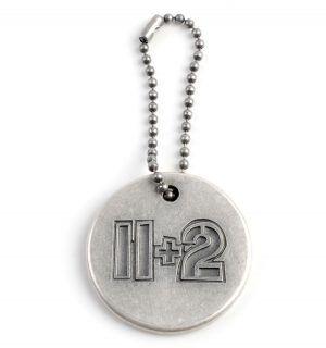 LLavero - 11+2 Aniversario - Metal